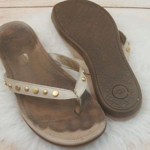 UGG slip on flip flop thong sandals size 10